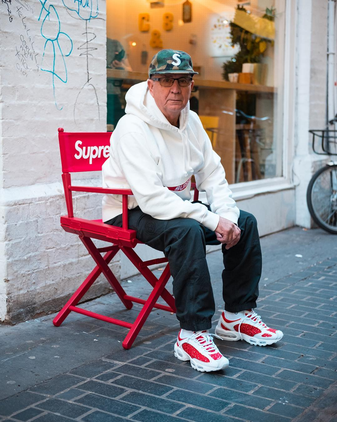 Streetwear Grandpa - national spinal health week - chiropractic, acupuncture, massage, nutrition, naturopathy physiotherapy in Sydney.